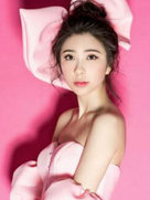 贝乐乐曝出最新粉色写真 肤白貌美尽展少女甜美风-中国女明星