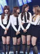 APINK演唱会实力宠粉 花式告白粉丝-韩国女明星