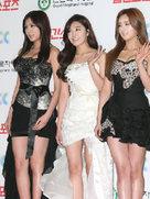 女团APINK发布会照片公开 展现美腿诱惑-韩国女明星
