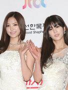 APINK穿晚礼服亮相 被粉丝称气质女神-韩国女明星