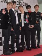 BIGBANG亮相活动现场 全黑LOOK帅气值飙升-韩国男明星
