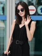 少女时代时尚街拍 玩转黑色潮酷新风尚-韩国女明星