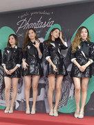 少女时代靓丽现身发布会 美腿抢镜-韩国女明星