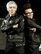 GD&TOP集体现身 全黑LOOK帅气满分-韩国男明星