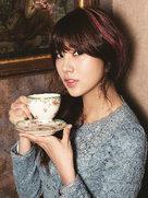 APINK复古系写真 优雅变身时尚名媛-韩国女明星
