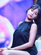 AOA演唱会火热来袭 劲歌秀完美身材-韩国女明星
