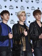 EXO帅气亮相音乐节 造型干练潮范十足-韩国男明星