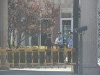 杨童舒遭遇极品房客豪宅被毁 就连楼梯也被刮擦严重-八卦爆料