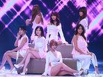 韩国人气女团AOA演唱会完美开唱 掀起性感风暴-韩国女明星
