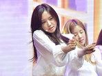 女�FAPINK表演 青春活力�@粉�z肯定-�n��女明星