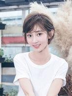 氧气少女魏小也文艺范写真 完美驾驭小清新风格-中国女明星