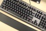 霸气十足 雷柏V700L混彩背光游戏机械键盘网吧版_外设酷品秀