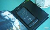 重拾阅读体验 YOTA3双面屏手机高清图赏_新品图赏