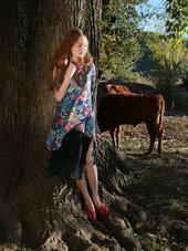 少数民族美女服饰写真 手工打造精美范儿-小清新
