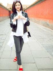 暖化了!陈妍希游故宫笑容好看吗?