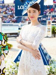 王丽坤亮相品牌活动 高贵优雅气质脱俗