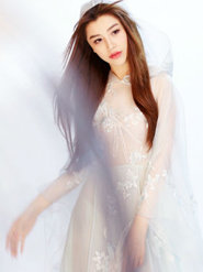葛天蓝纱裙美照沁人心脾 美似仙女