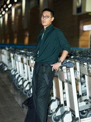 杨祐宁再访巴黎男装周 演绎型男穿衣教科书