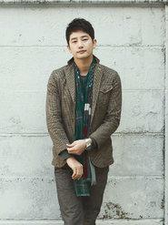 韩星朴施厚个人高清写真 时尚绅士风度