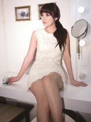 韩国女艺人洪真英时尚写真 妩媚动人