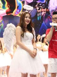 白色小天鹅舞裙摄影清纯动漫直播