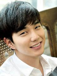 俞承豪最新魅力写真 阳光笑容甜到心坎里