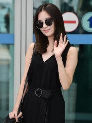 少女时代时尚街拍 玩转黑色潮酷新风尚