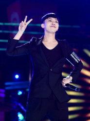 BIGBANG演唱会帅气照片 笑容灿烂电晕粉丝