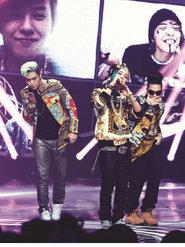 BIGBANG演唱会重现经典 看台里的粉丝们尖叫不断