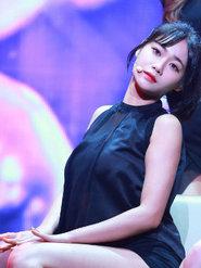 AOA演唱会火热来袭 劲歌秀完美身材
