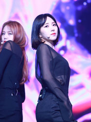 AOA演唱会开唱 劲歌炒热全场