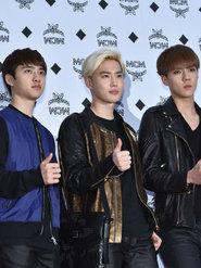 EXO帅气亮相音乐节 造型干练潮范十足