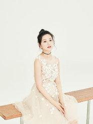 唐本花朵纱裙写真曝光 少女感展现的淋漓尽致