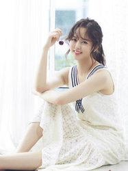 金所炫甜美写真 微微一笑很倾城-韩国女明星