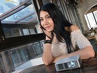智能手机绝佳拍档 宏碁K135微型投影机图赏