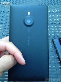 诺基亚的大屏怪兽!6英寸Lumia 1520多图抢先看