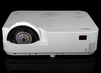 磁感新特性 NEC M352WS+投影机外观图赏
