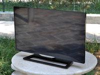 大屏巨无霸 NEC31.5英寸液晶显示器亮相