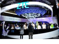 智能手表三防手机亮相 MWC2015中兴展台全线出击