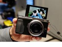 小巧轻便 富士X70数码相机发布会现场图集
