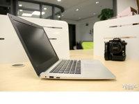 仿苹果外观工艺 品铂W9S上网本图赏