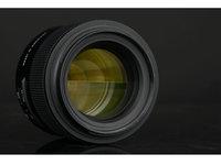 搭载VC光学?#34013;?腾龙SP 85mm(F016)镜头外观图赏