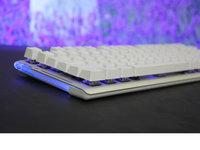 水流背光美妙结合 达尔优EK815机械游戏键盘图赏