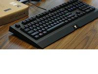 金属材质扎实做工 雷柏V510PLUS游戏机械键盘图赏