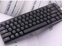 达尔优EK820超薄68键游戏背光办公机械键盘图赏