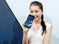 全面屏全面持久 360手机N6发布会美女图赏