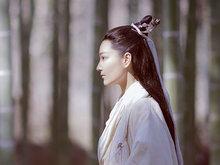 张馨予反串出演《凤囚凰》