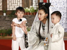 """《妈超2》录制  马雅舒称孩子负责""""捣乱"""""""