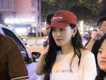张天爱,小红帽,玩偶,八卦爆料,国内女明星,