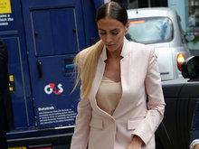 F1老板千金佩特拉与老公离婚 干练现身法院接受聆讯